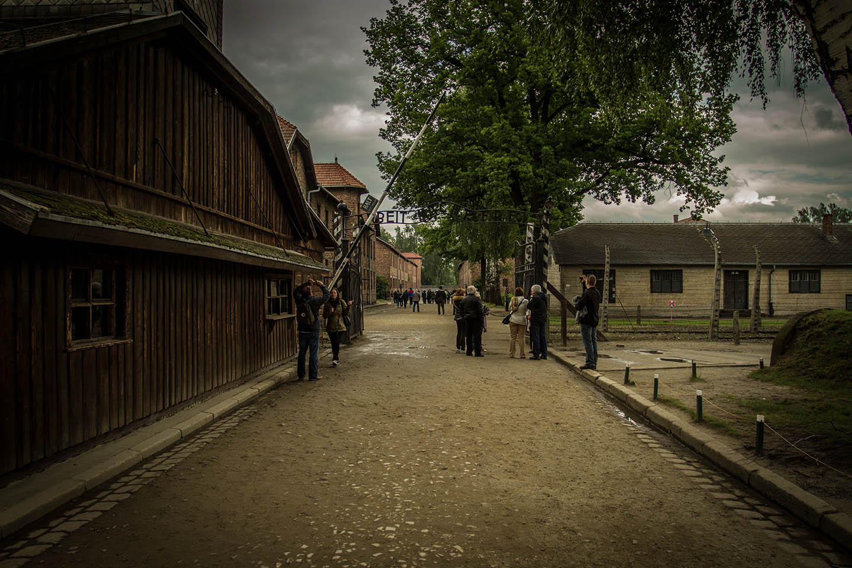 Auschwitz concentration Camp / Konzentrationslager Denkmal Arbeit macht frei