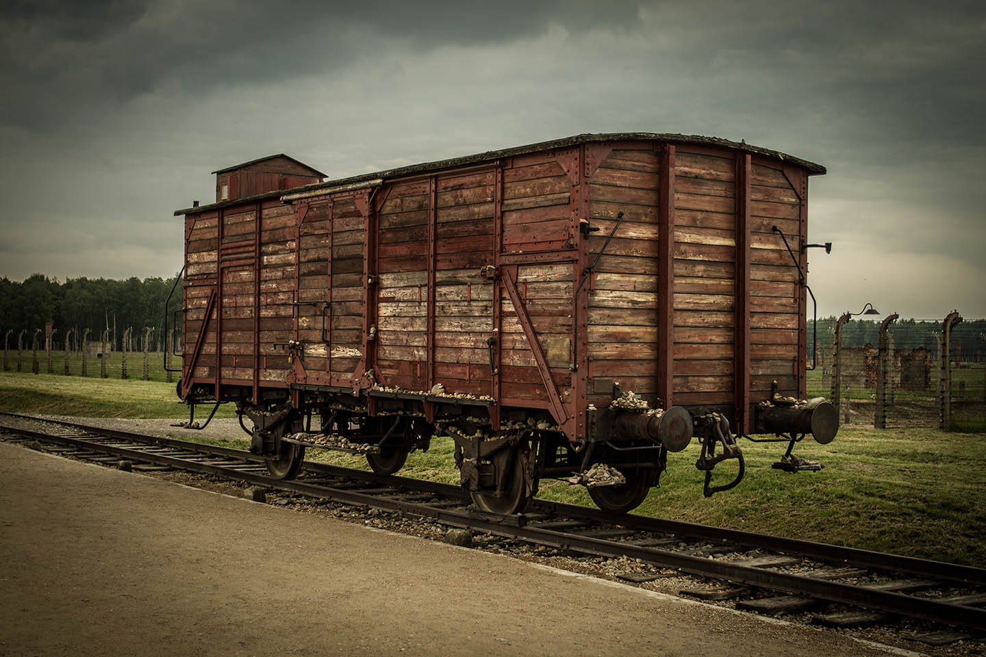 Old railway train wagon at Birkenau concentrationcamp / Konzentrationslager Zug Waggon