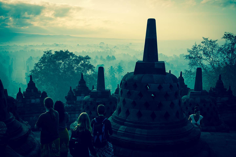 Tempel Borobudur Java Indonesia Stupa Buddha Tour Tourist / Tempelanlage Indonesien