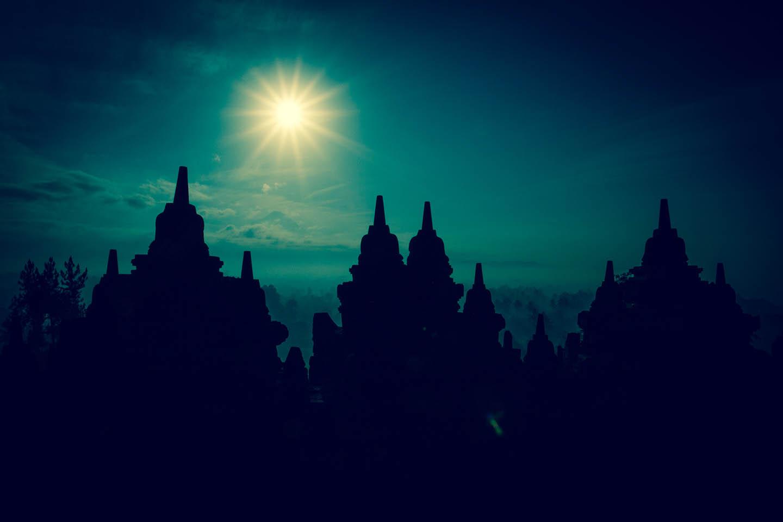 Tempel Borobudur Java Indonesia Sunrise Sunset / Tempelanlage Indonesien Sonnenaufgang Sonnenuntergang