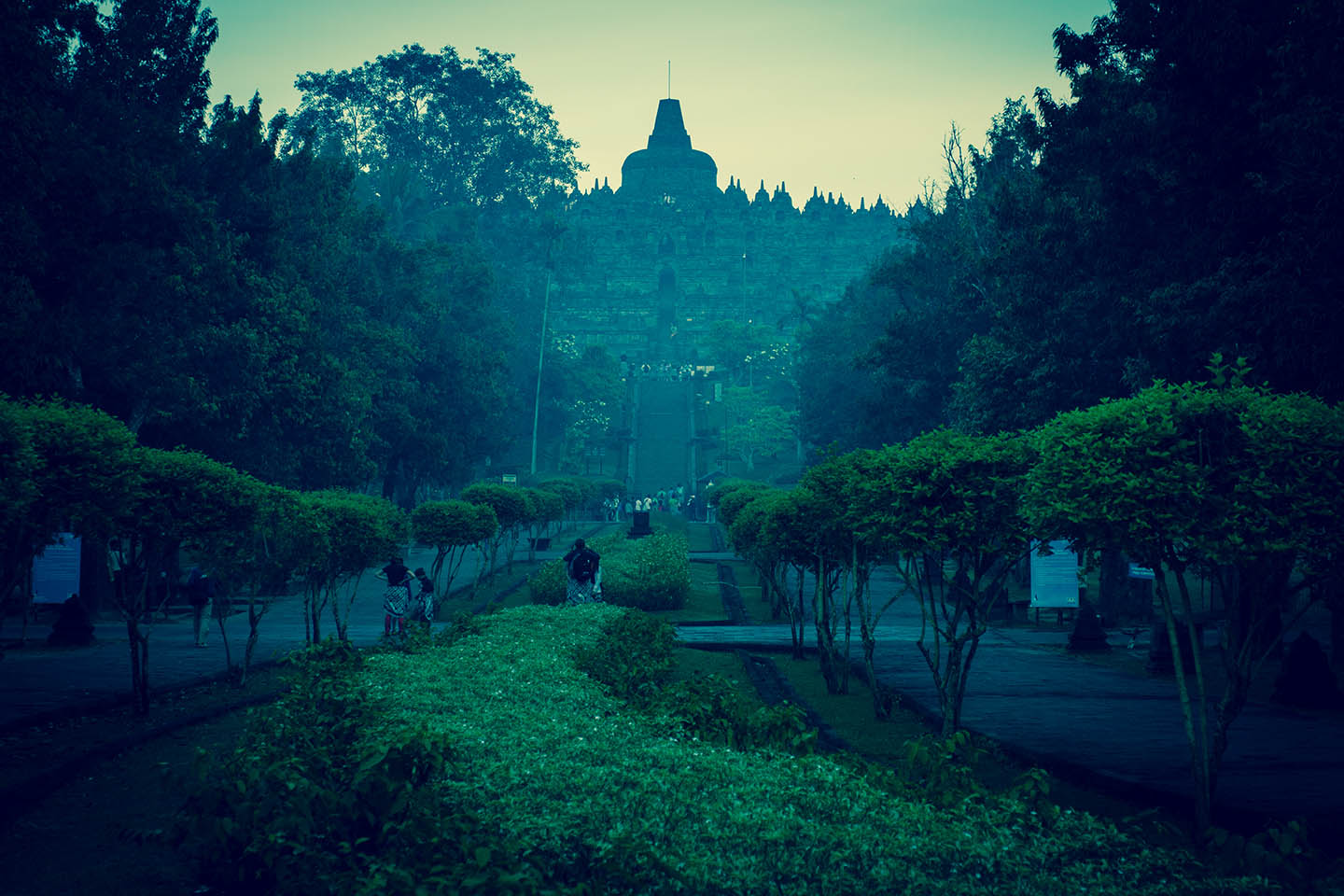 Tempel Borobudur Java Indonesia Entrance Fee / Eintrittsgebühr Gebühr Tempelanlage Indonesien