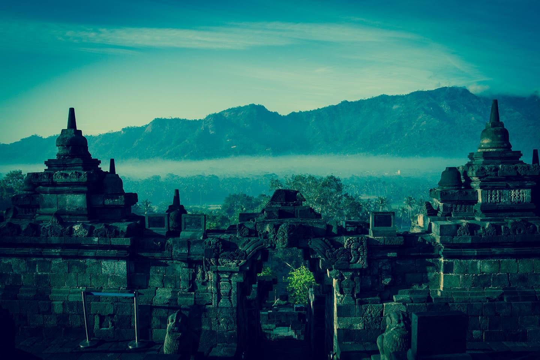 Tempel Borobudur Java Indonesia Mountain Vulkan Kedu Plain Volcano/ Tempelanlage Indonesien
