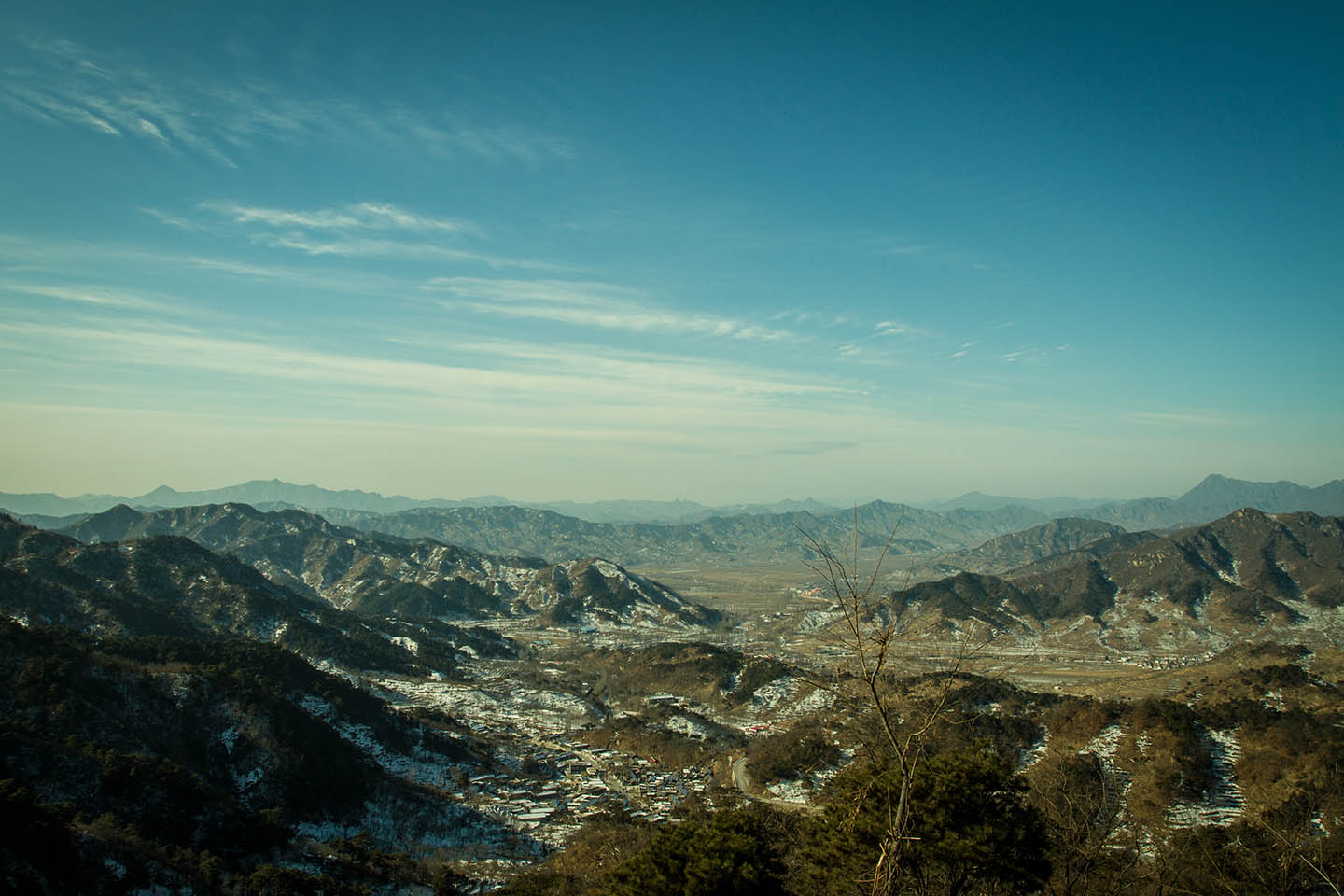 View from the Great Wall of China / Ausblick von der chinesische Mauer