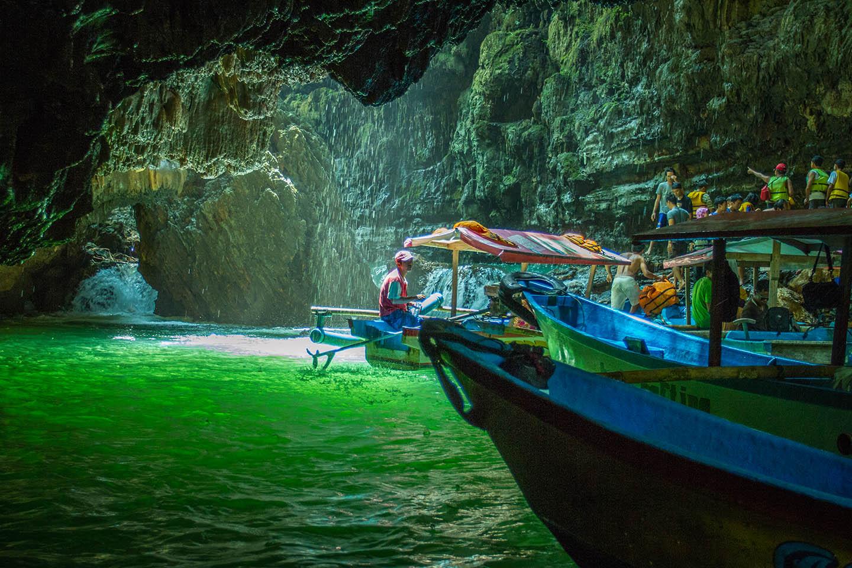 Green Canyon Pangandaran Java Indonesia / Indonesien Sehenswürdikeit