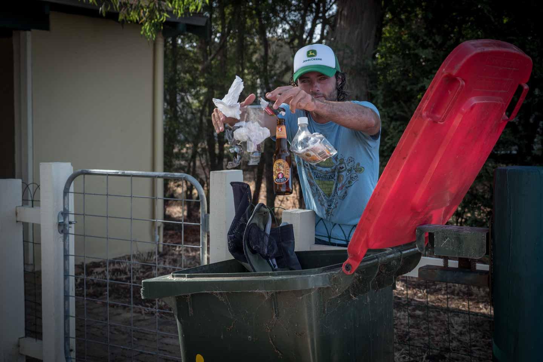 Nico Sebastian Hopp Reuse Recycle Recycling Western Australia waste management YKUT YouKeepUsTraveling